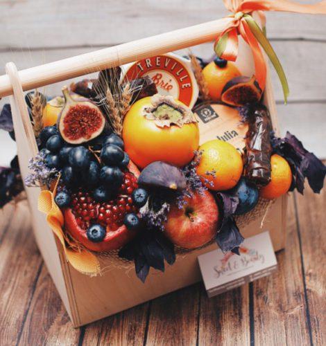 Подарочный набор с крем-мёдом Peroni и чурчхелой