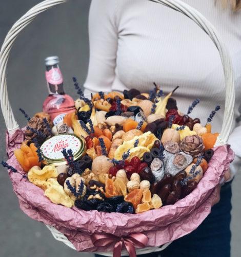 Подарочная корзина «Флоренция» с медом