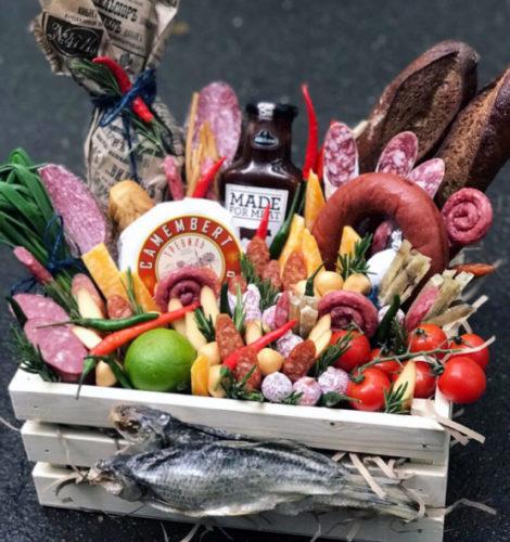 Подарочный набор из закусок «Барбекю»